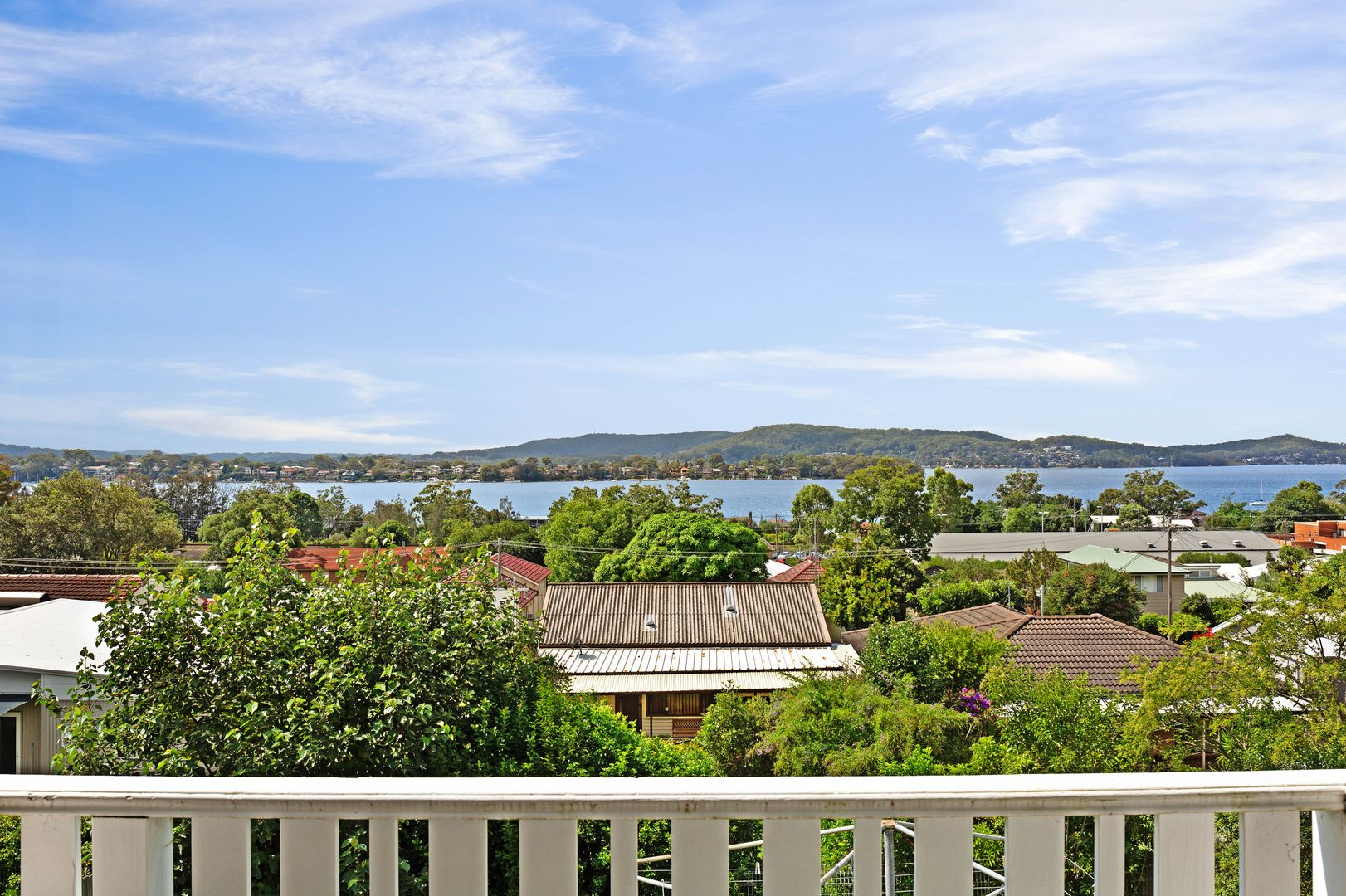 18 Hughes Street, Point Clare NSW 2250, Image 0