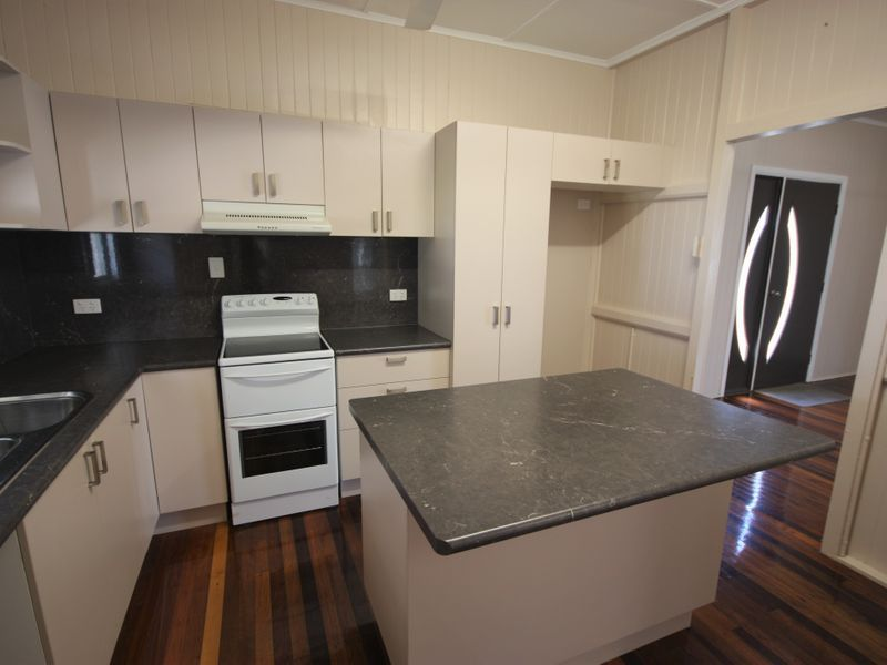 11 Payard Street, Brandon QLD 4808, Image 2