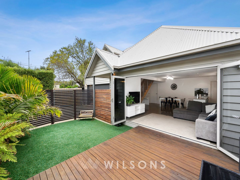 2/7 Wellington Street, Geelong West VIC 3218
