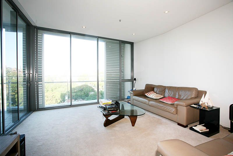 803/55 Lavender Street, Milsons Point NSW 2061, Image 2