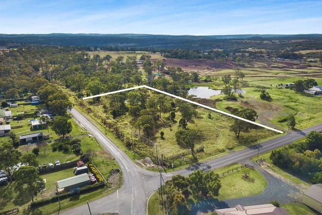 Picture of 4 Peters Road, MERINGANDAN WEST QLD 4352