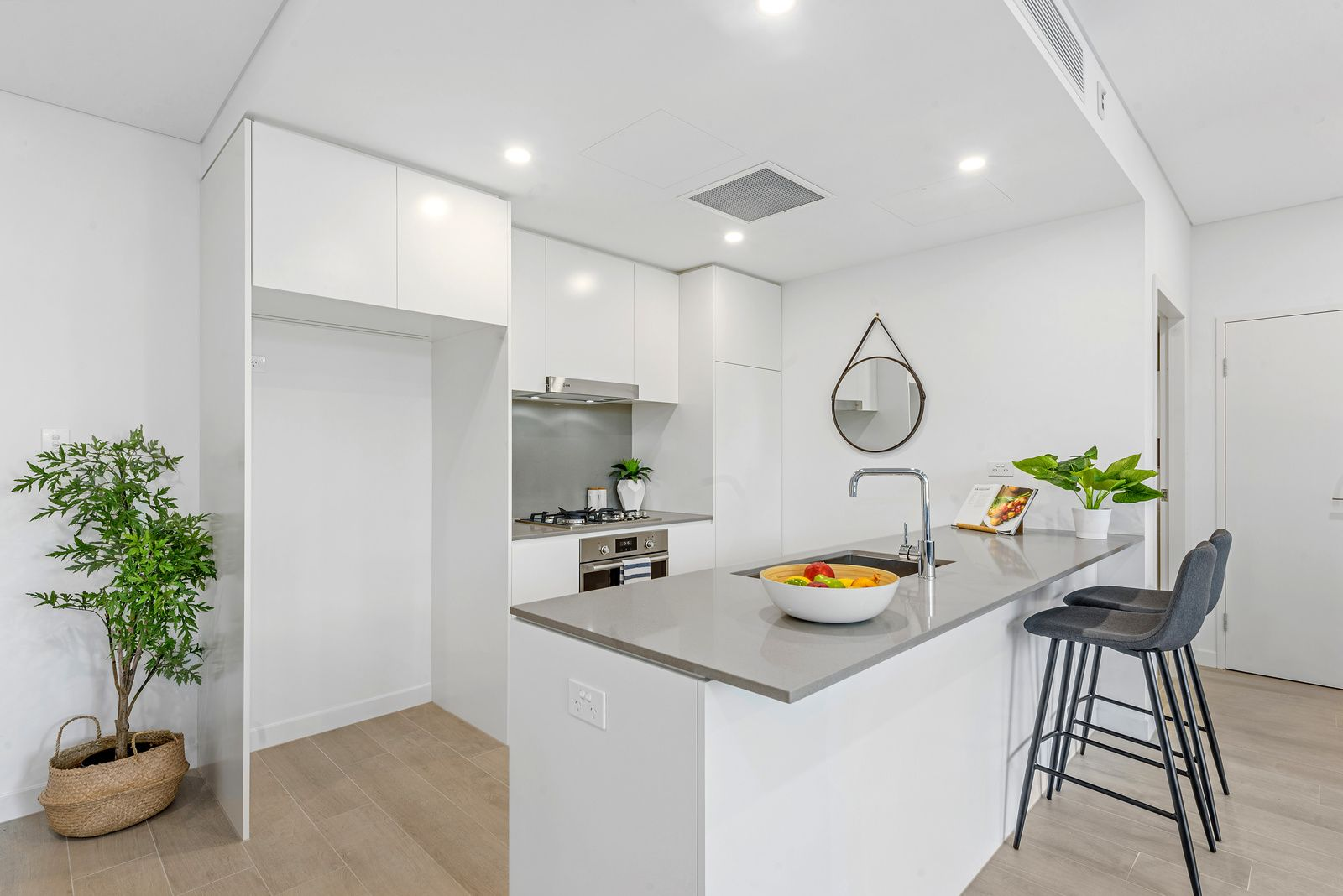 2/19 Robey Street, Mascot NSW 2020 - Apartment For Rent ...