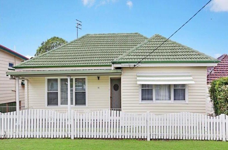 35 Brisbane Water Road, Adamstown NSW 2289, Image 1