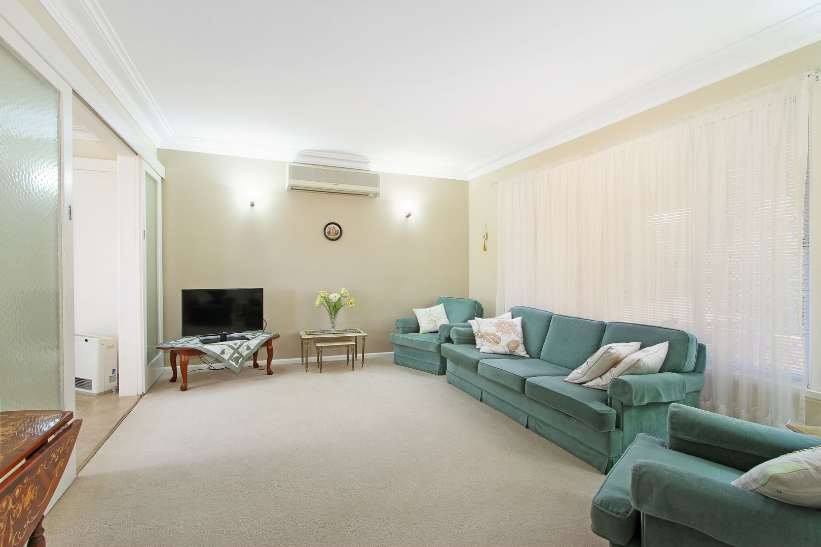 155 Carthage Street, Tamworth NSW 2340, Image 2