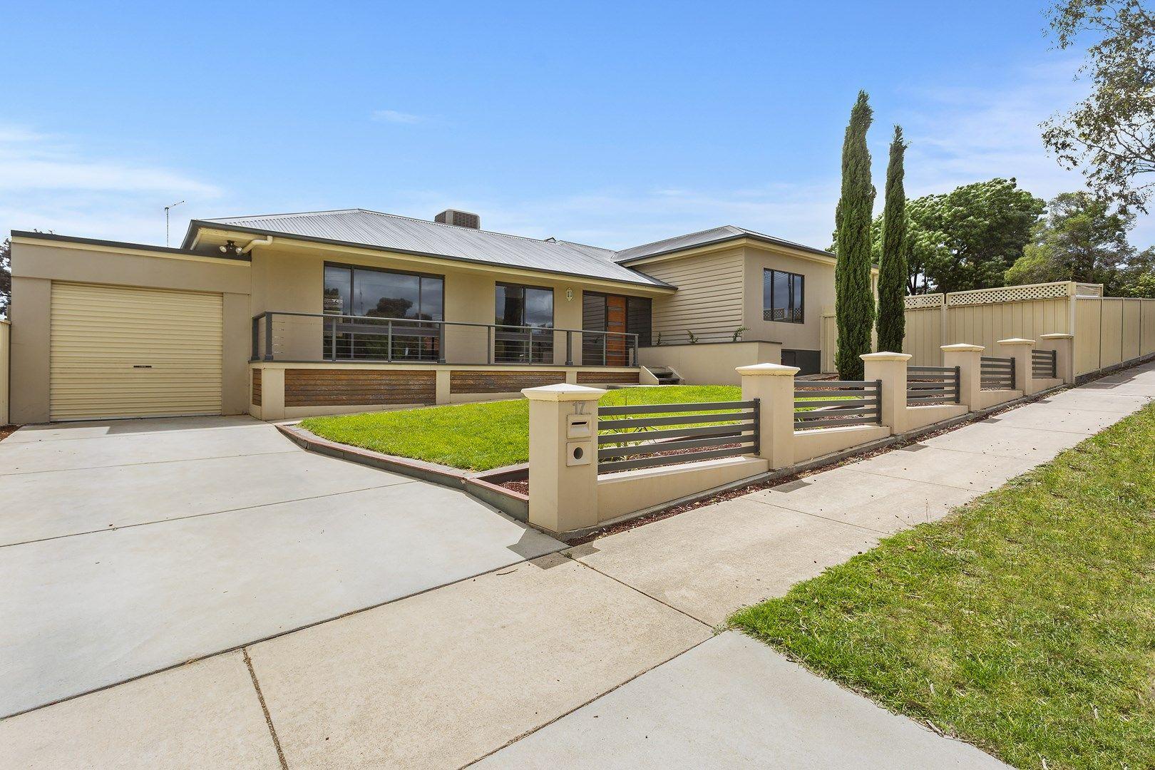 17 Lansell Street, Kangaroo Flat VIC 3555, Image 0