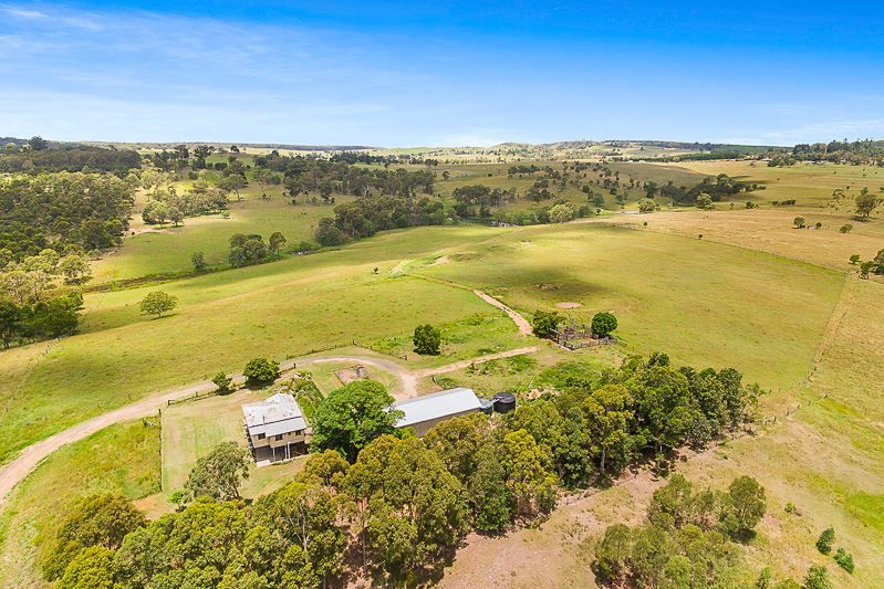 7659 New England Highway, Crows Nest QLD 4355, Image 2