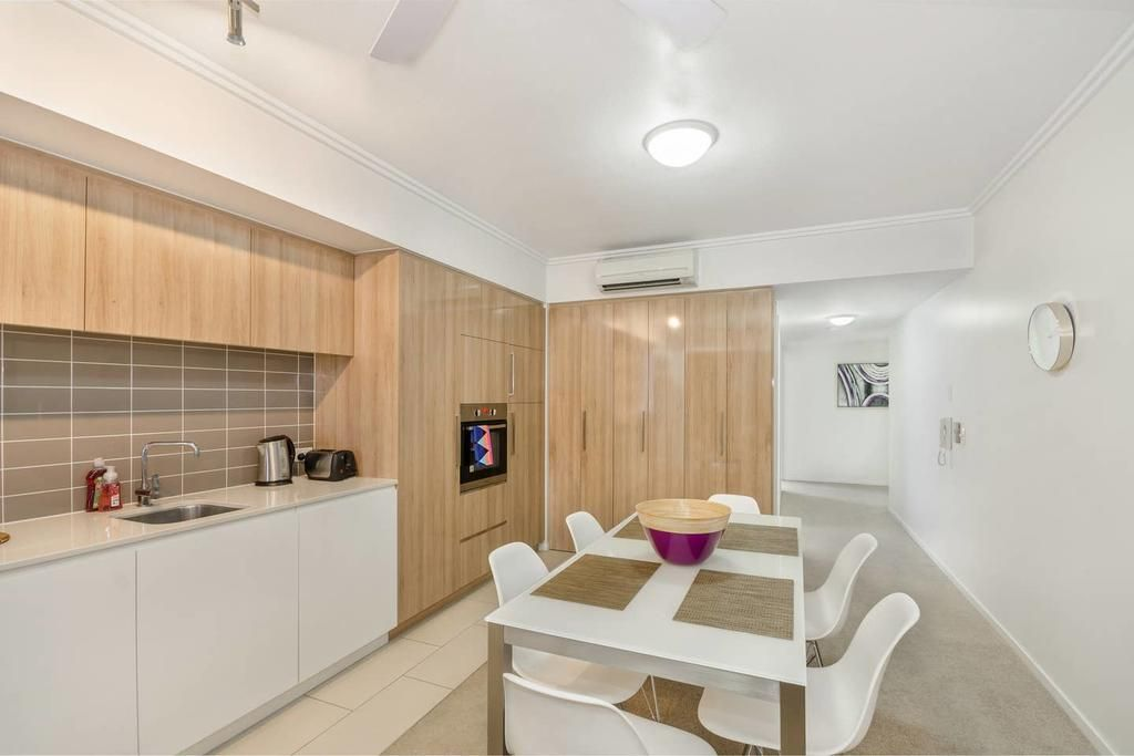 19/5 Kingsway Place, Townsville City QLD 4810, Image 2