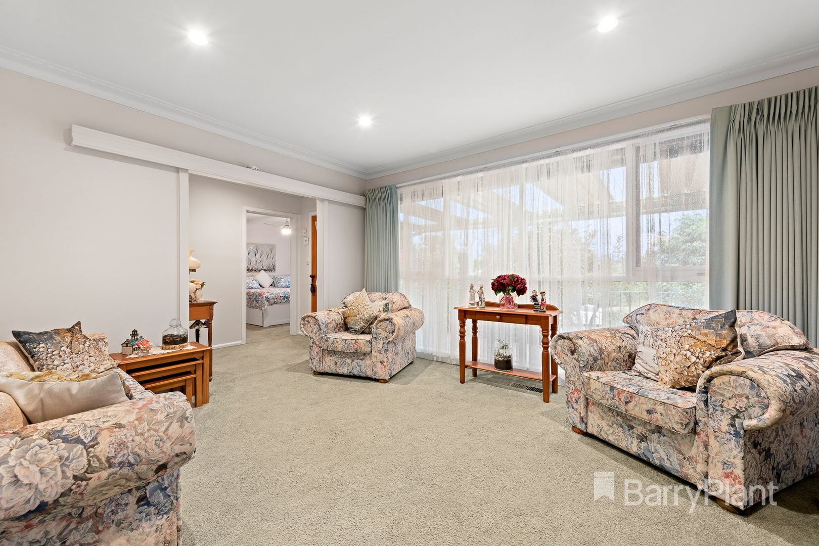 9 Chamberlin  Court, Blackburn South VIC 3130, Image 2
