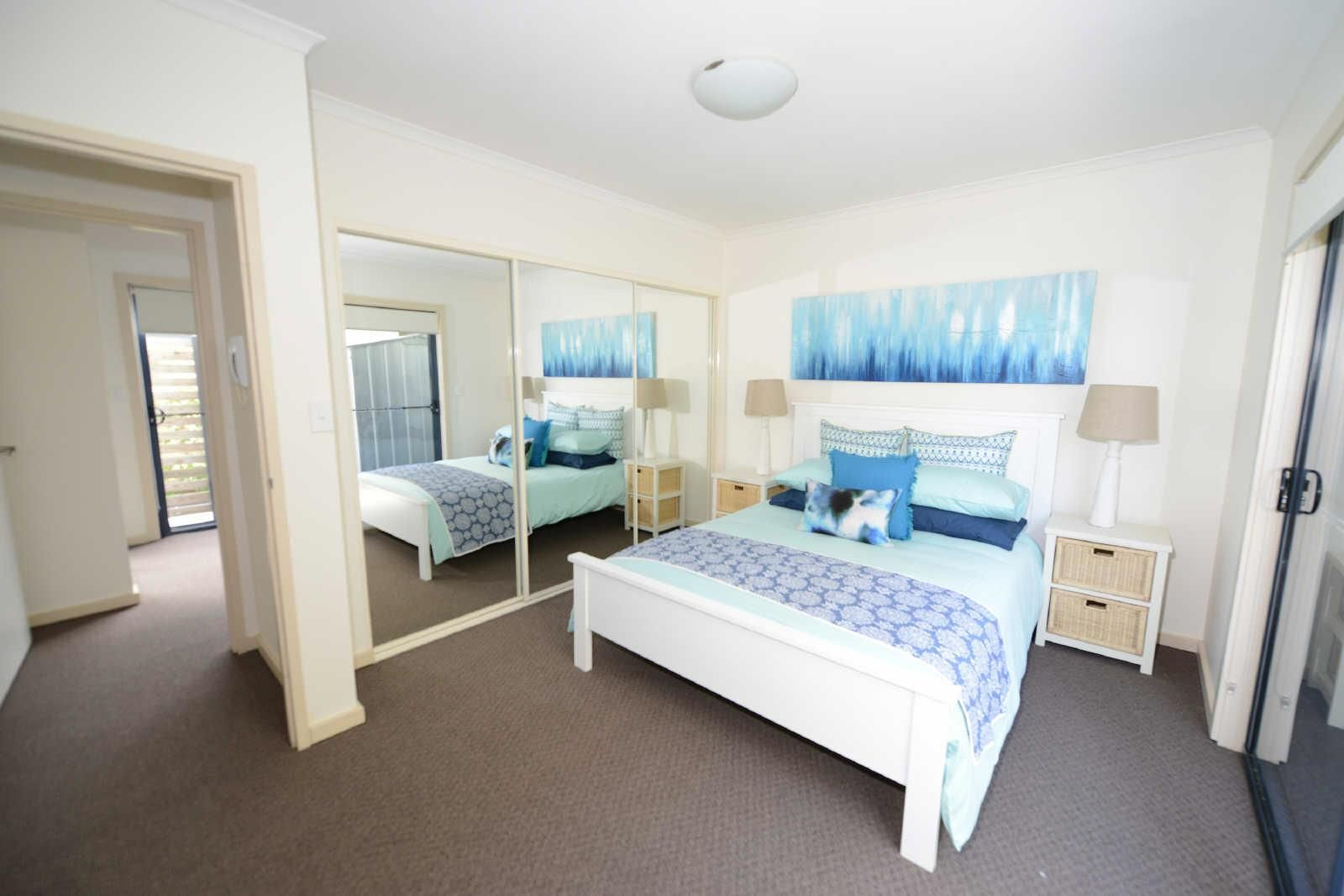 1/60-62 Wharf Street, Tuncurry NSW 2428, Image 2