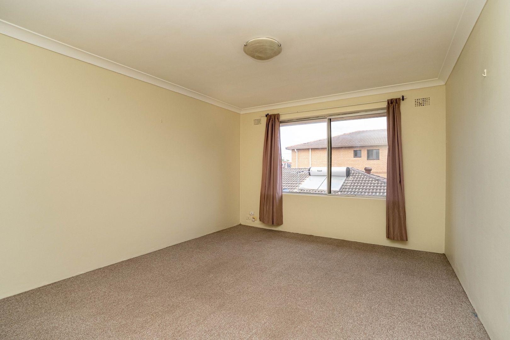 5/9 Ridgewell Street, Roselands NSW 2196, Image 2