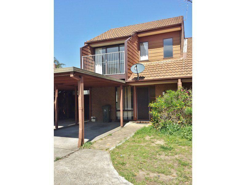 2/8-10 Margaret Street, Minto NSW 2566, Image 0