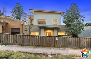 Picture of 2/87 Lincoln Road, Croydon VIC 3136
