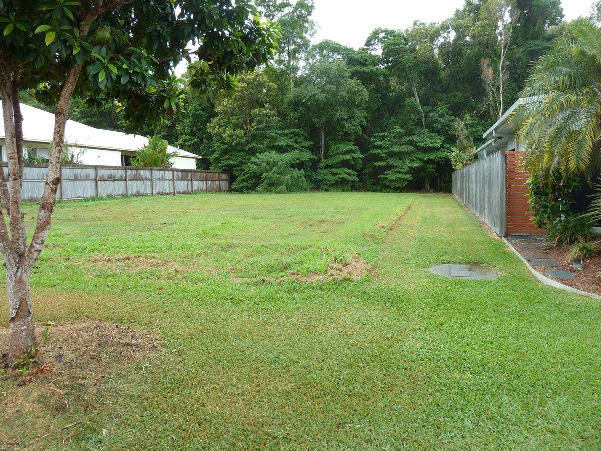 13 Litara Court, Palm Cove QLD 4879, Image 2