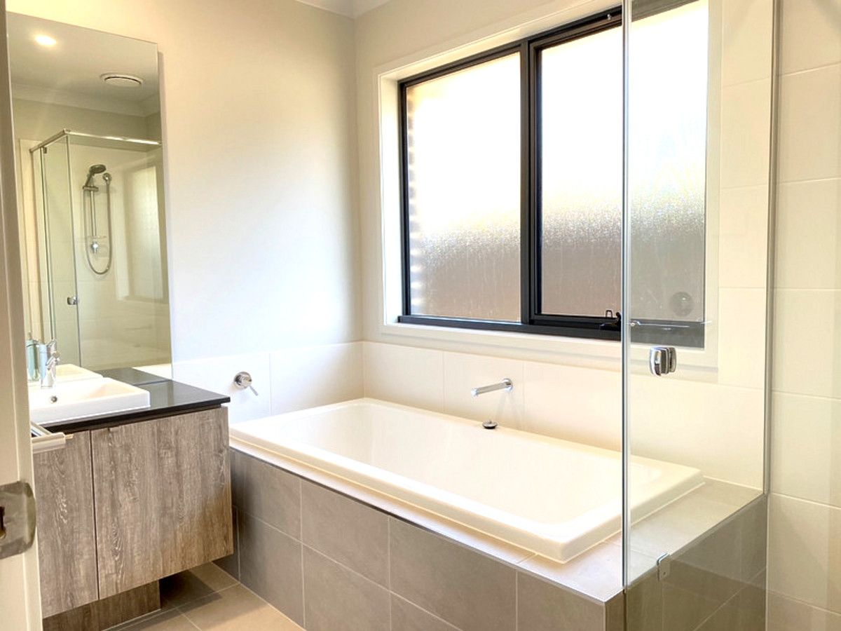68 Agland Avenue, Marsden Park NSW 2765, Image 2