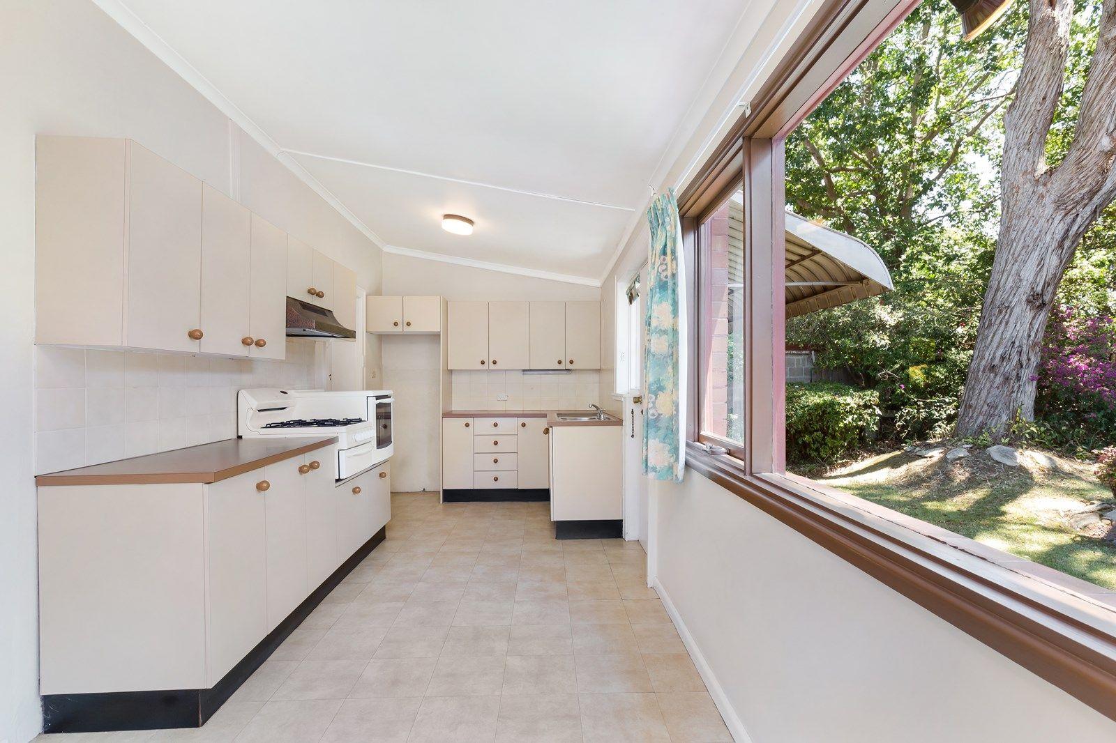 191 Burns Bay Road, Lane Cove NSW 2066, Image 2