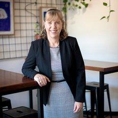 Leanne Kroes, Owner/Sales Professional