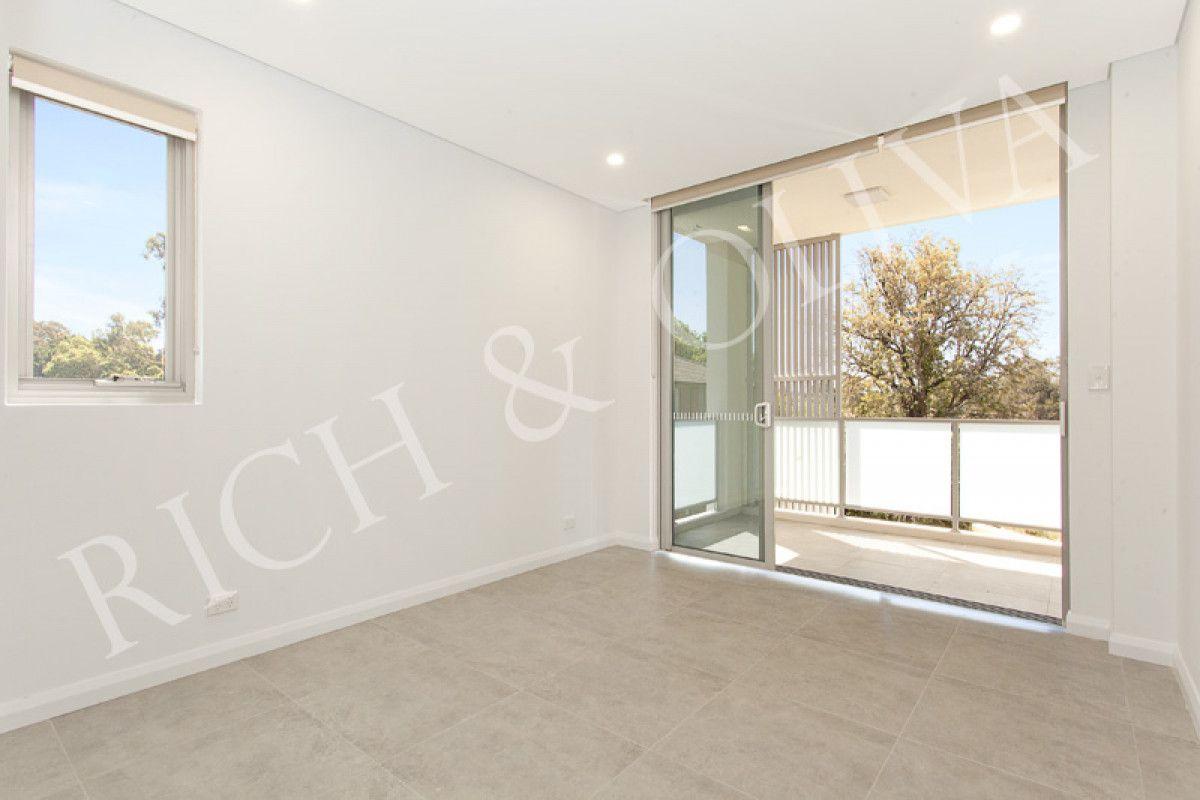 4/13 Seventh Avenue, Campsie NSW 2194, Image 2
