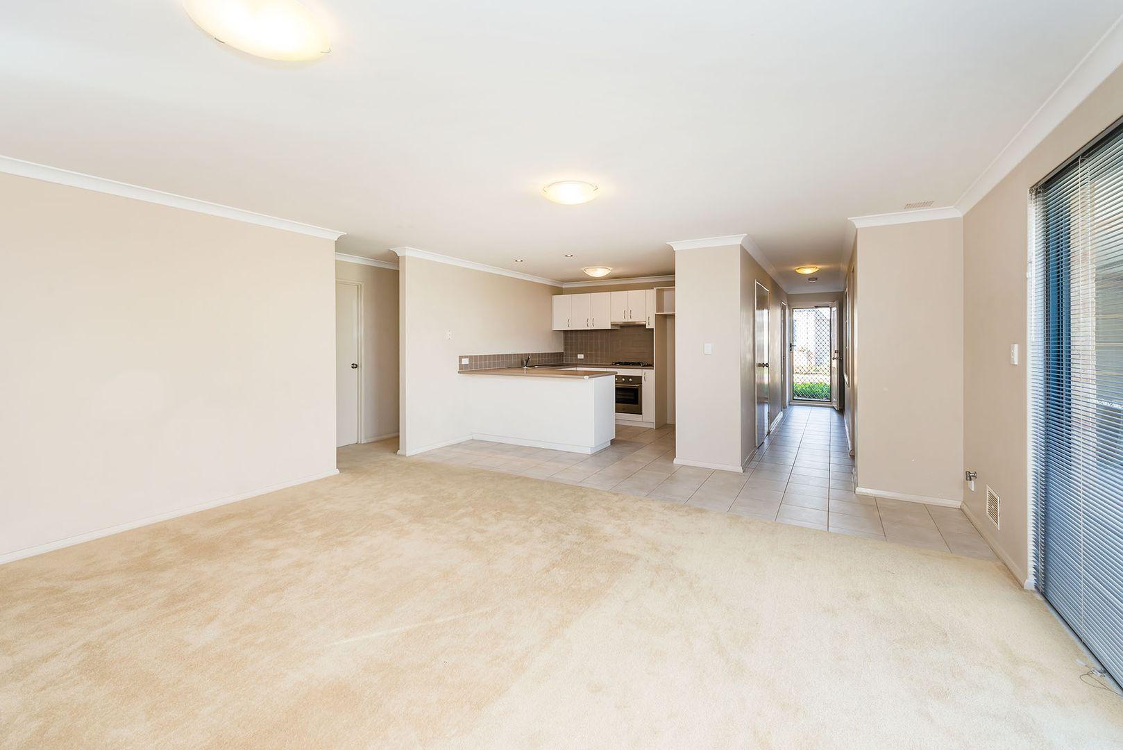 49/5 Calabrese Avenue, Wanneroo WA 6065, Image 2