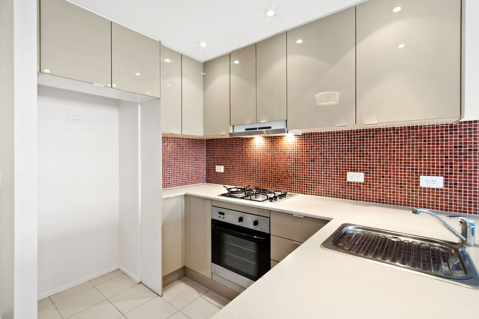 29B/31-37 Pacific Parade, Dee Why NSW 2099, Image 2