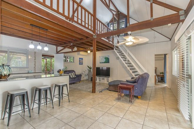 Picture of 15 Balsam Street, BUSHLAND BEACH QLD 4818