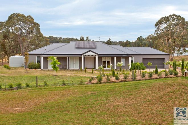 Picture of 33 Dingle Road, BEECHWORTH VIC 3747