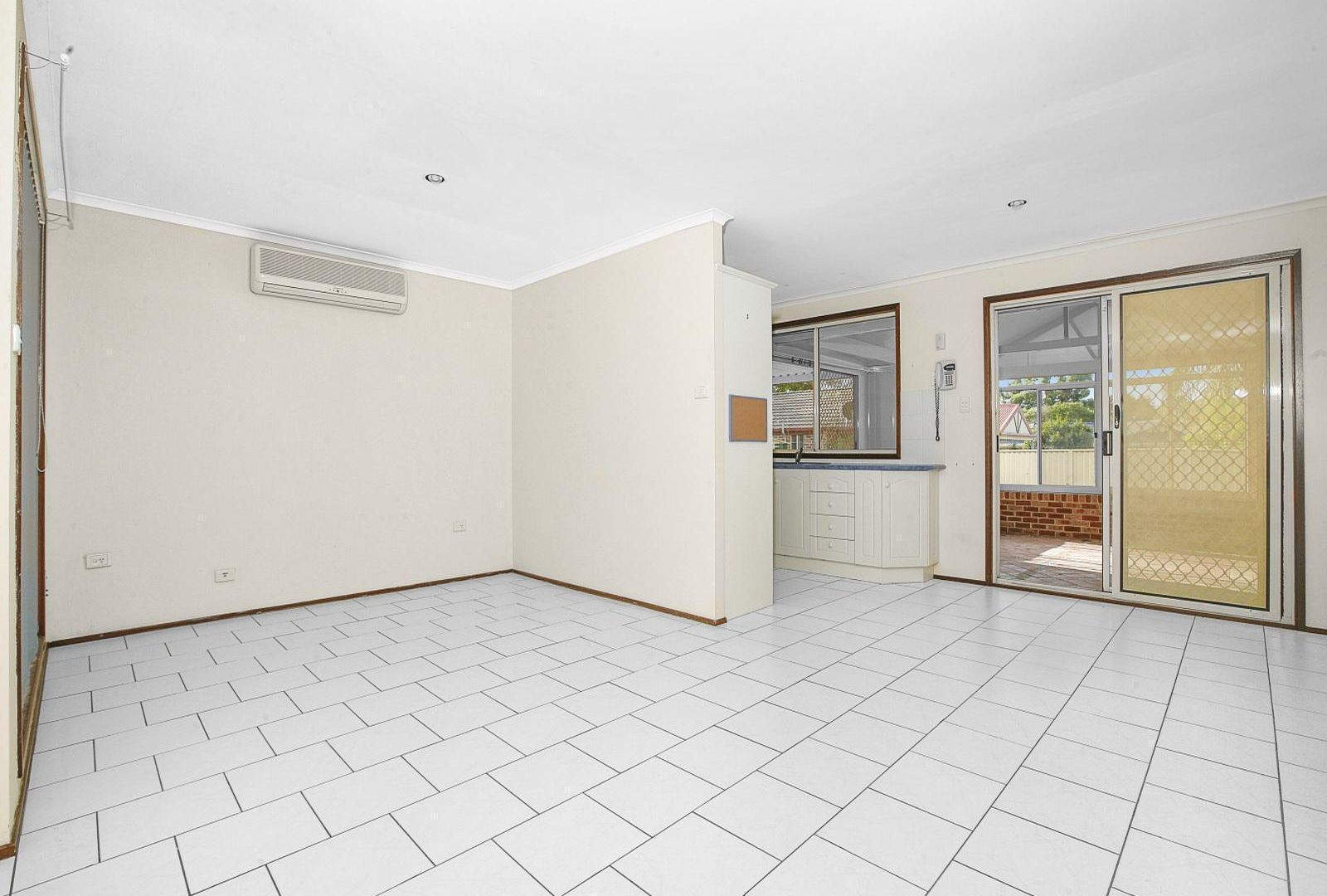 44 Paddy Miller Avenue, Currans Hill NSW 2567, Image 2