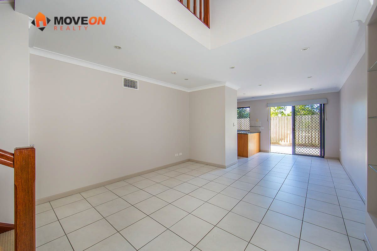 3/11 GEORGINA ST, Woody Point QLD 4019, Image 2