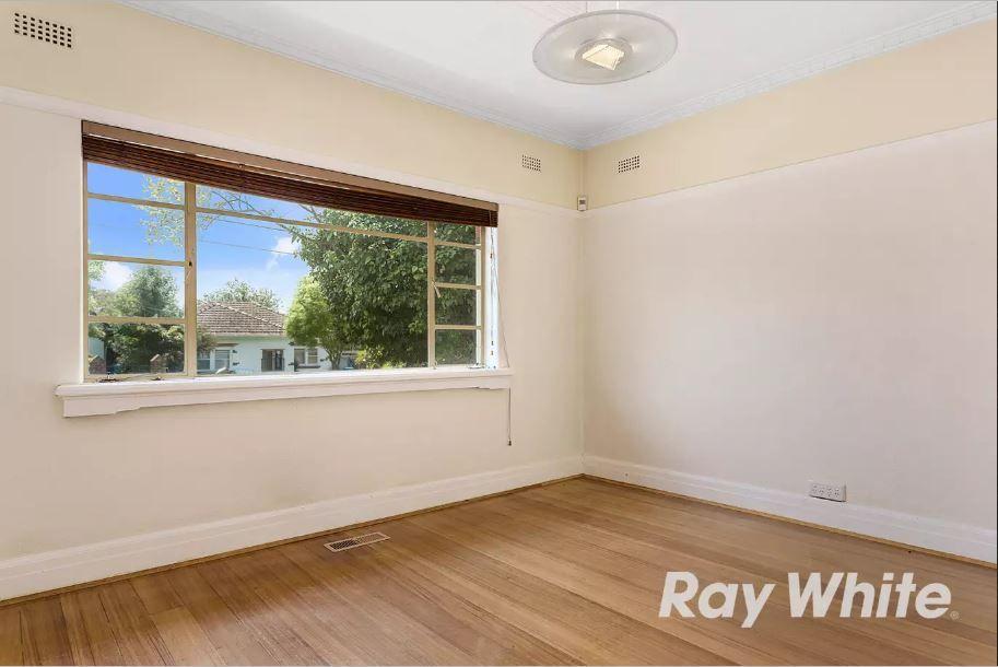 14 Rogers Avenue, Brighton East VIC 3187, Image 2
