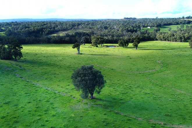 Picture of 399 Reen Road, GIDGEGANNUP WA 6083