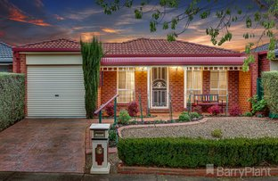 Picture of 16 Moneghetti  Place, Burnside VIC 3023