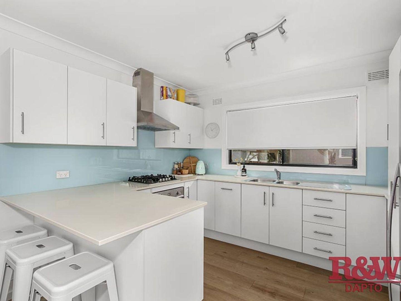 65 Robert Street, Dapto NSW 2530, Image 2