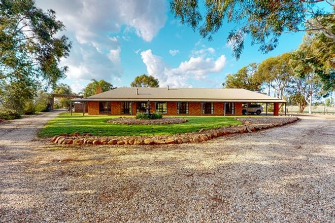 Picture of 815 Mitchell Road, KIALLA EAST VIC 3631