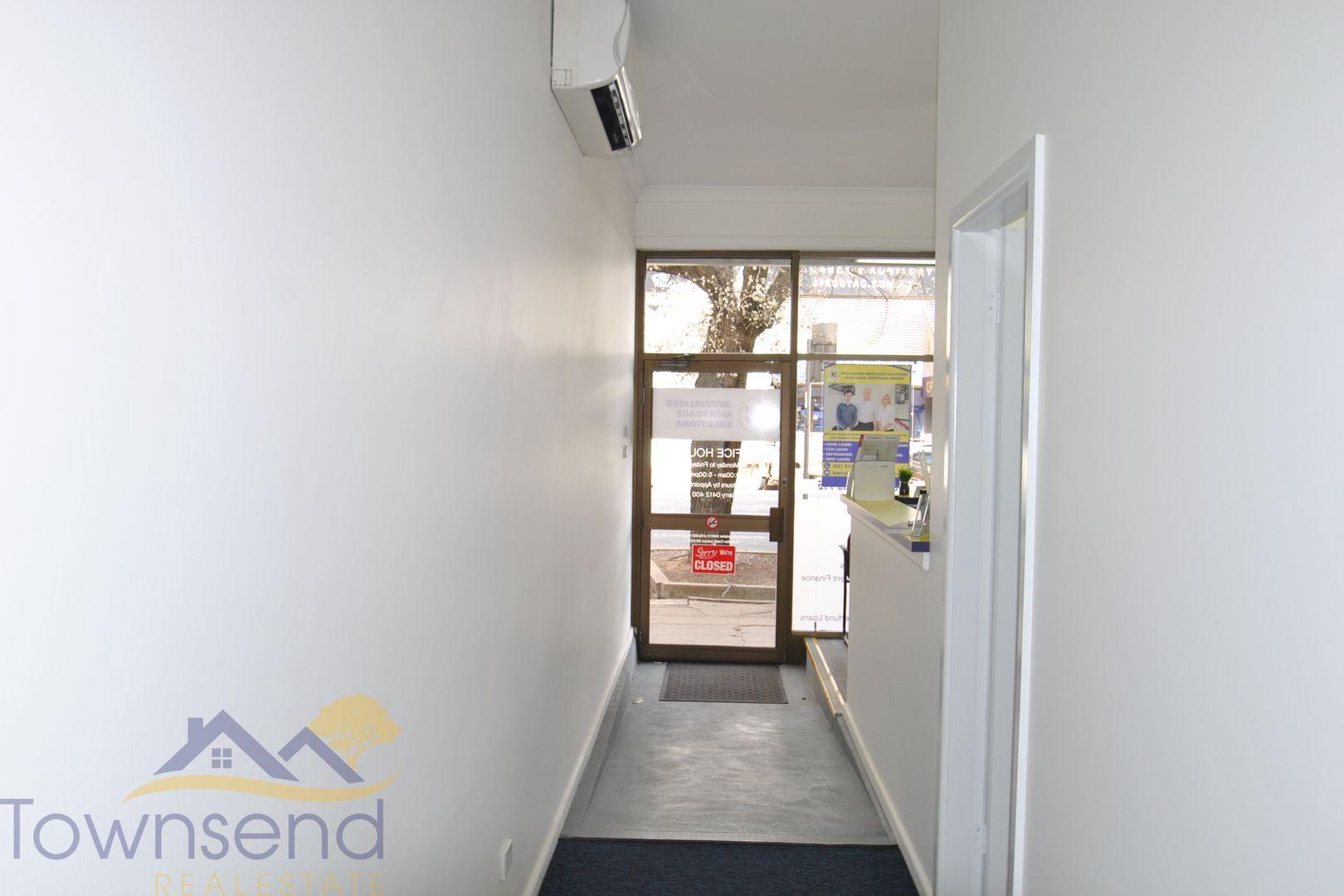 205 Lords Place, Orange NSW 2800, Image 2
