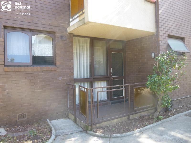 2/35 Pickett Street, Footscray VIC 3011, Image 2