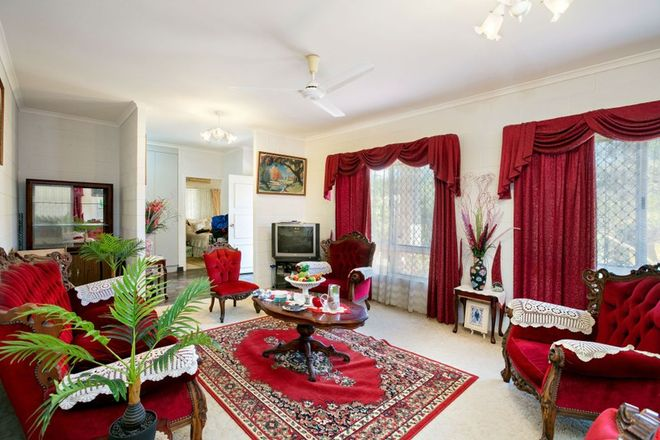 Picture of 48 Bamboo Street, HOLLOWAYS BEACH QLD 4878