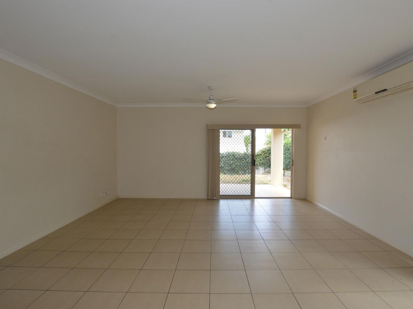 6 Wharf Court, Springfield Lakes QLD 4300, Image 2