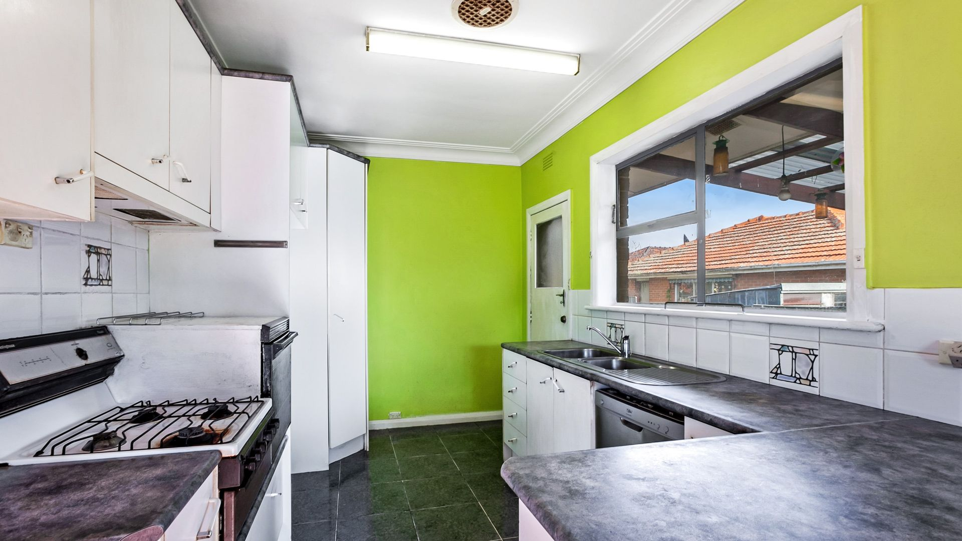 73 Glasgow Avenue, Reservoir VIC 3073, Image 2