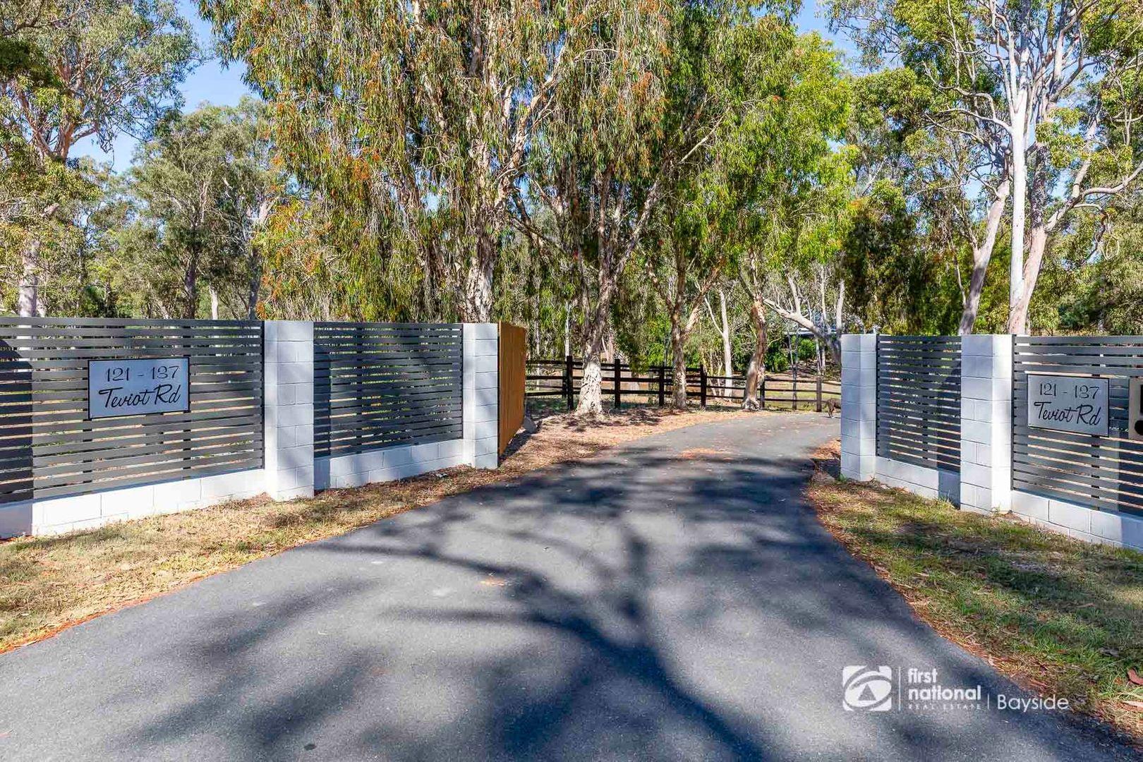 121 Teviot Road, Carbrook QLD 4130, Image 1
