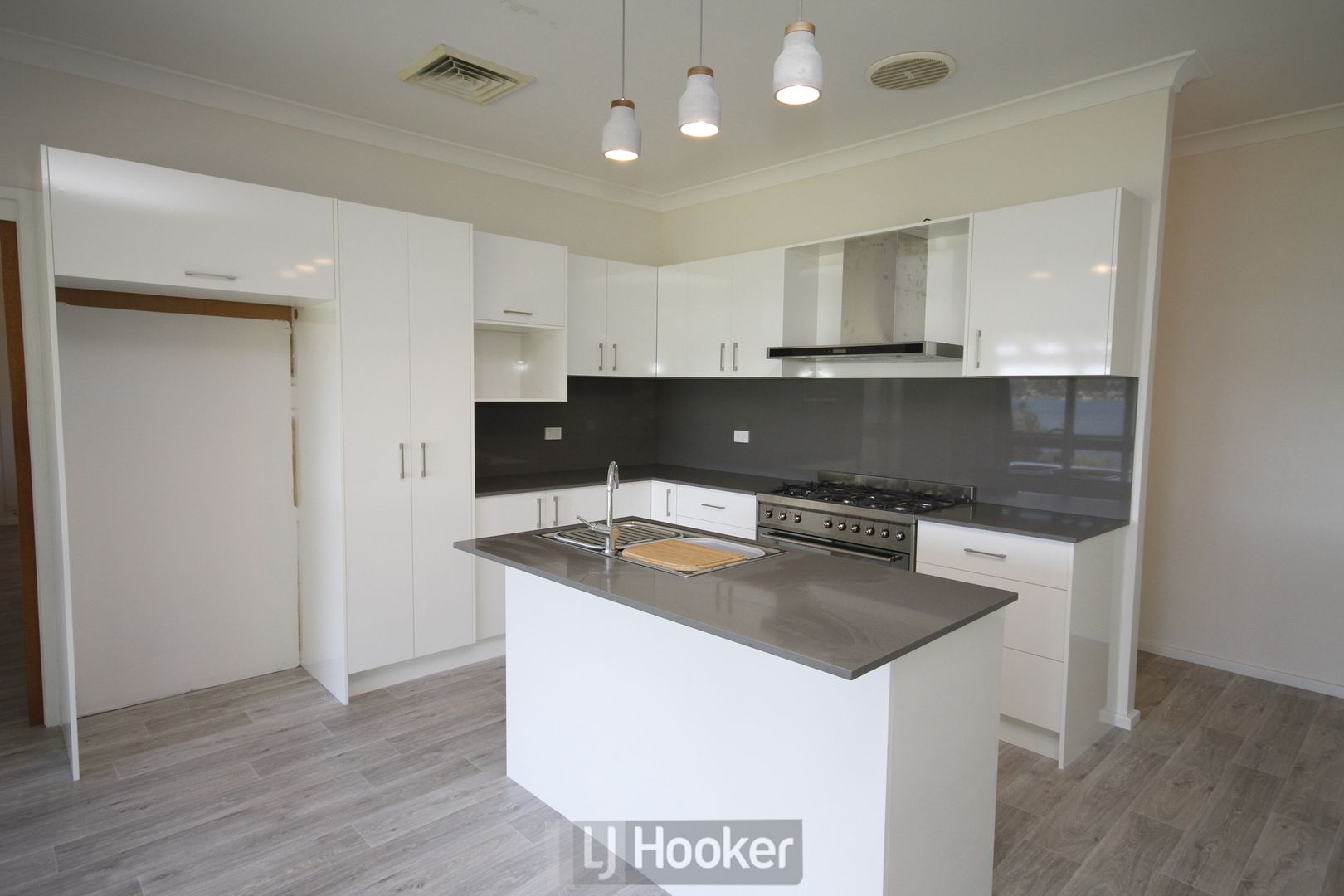 341 Coal Point Road, Coal Point NSW 2283, Image 1