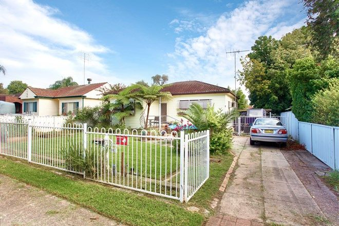 Picture of 69 Second  Avenue, KINGSWOOD NSW 2747