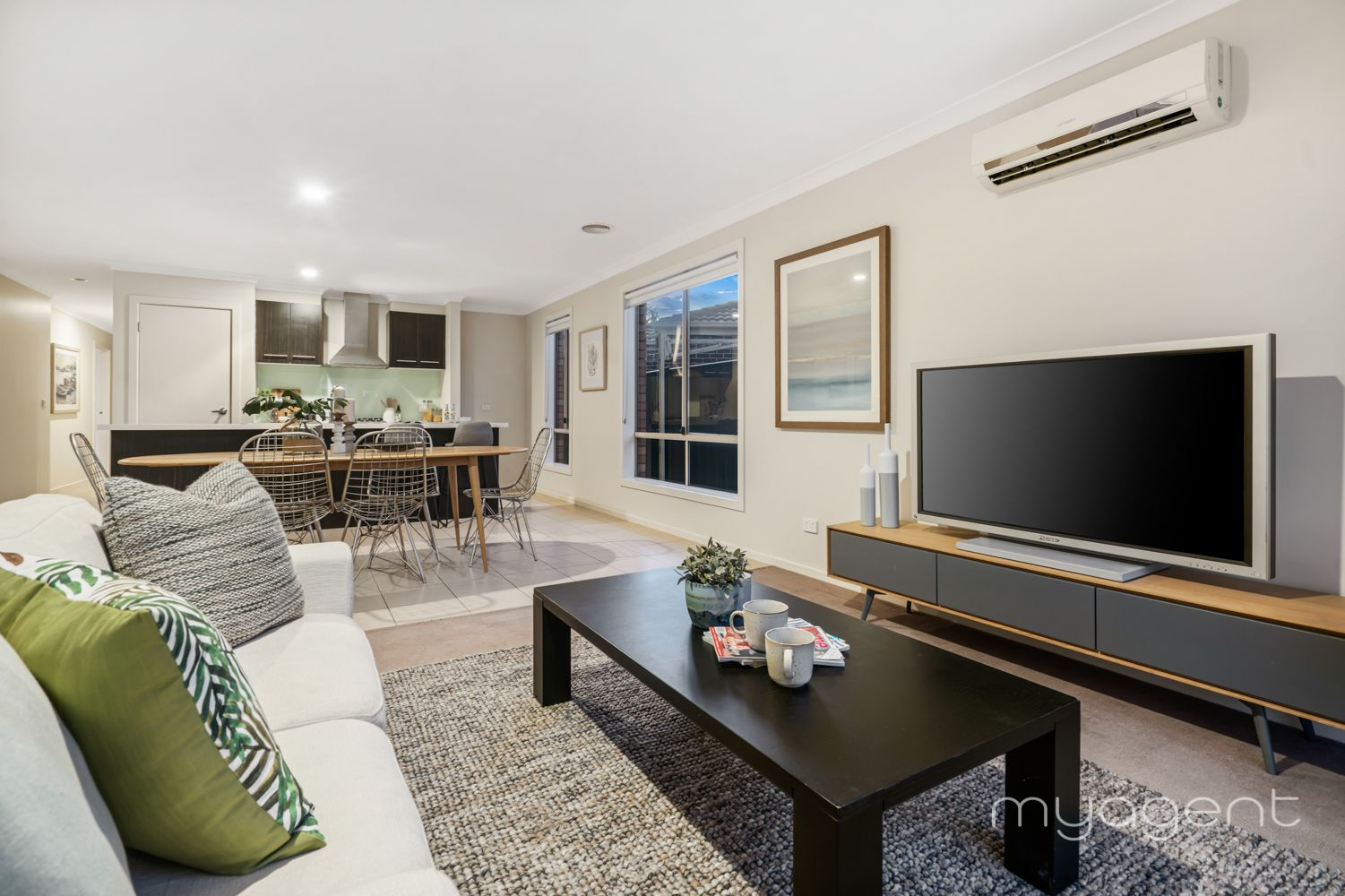 6 Hewett Drive, Point Cook VIC 3030, Image 2