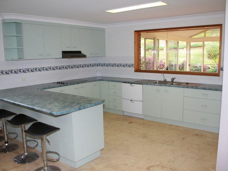 18 Balmoral Place, Port Macquarie NSW 2444, Image 2