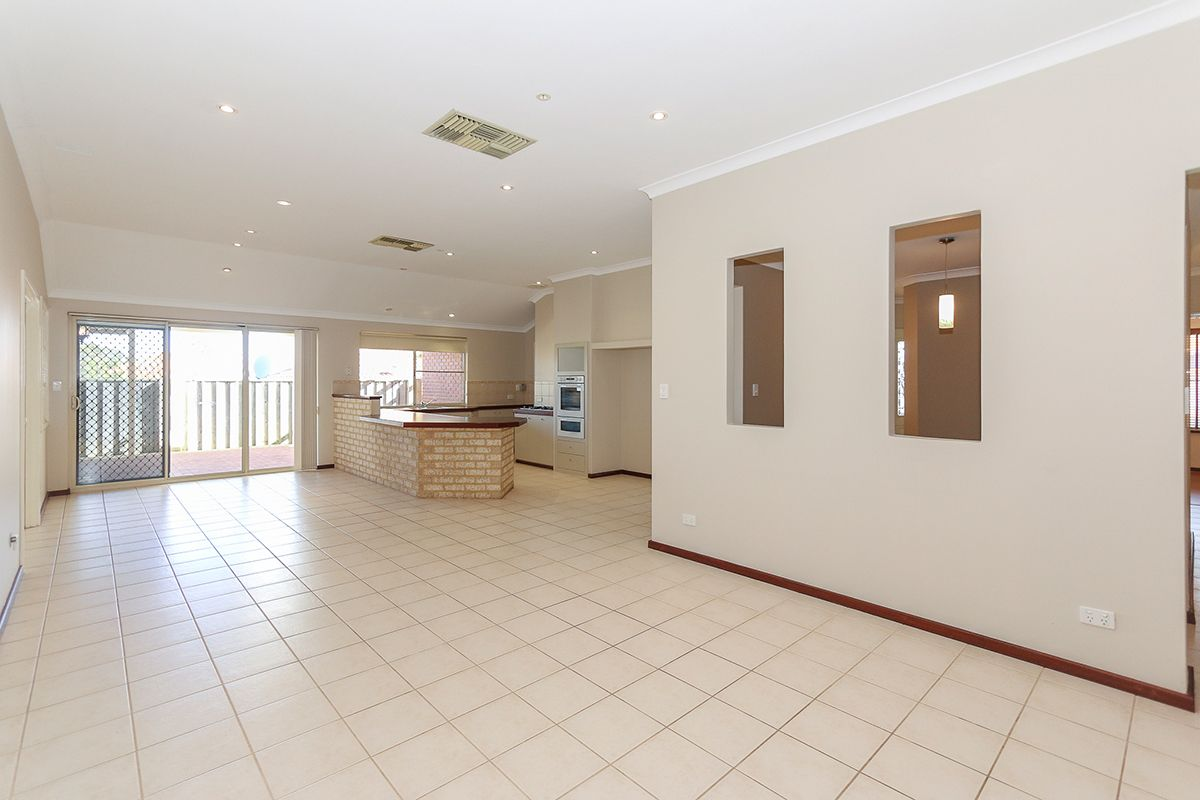 106 Rothesay Heights, Mindarie WA 6030, Image 1