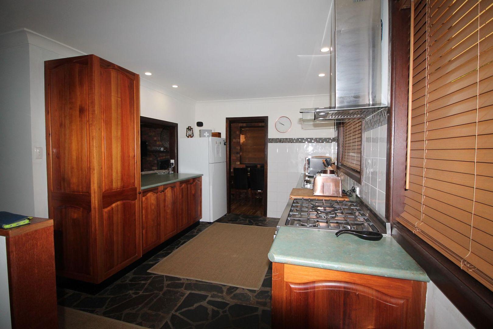 21 Rushes Bay Avenue, East Jindabyne NSW 2627, Image 2
