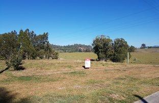 6 McMahon Road, Monkland QLD 4570