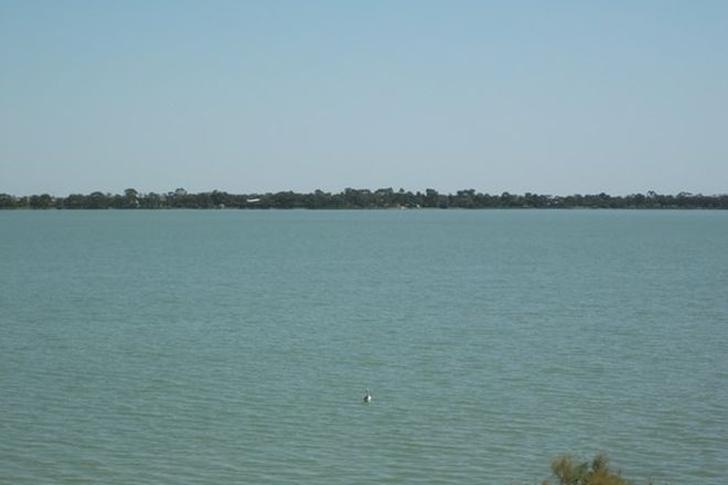Picture of 9 Pine View Court, LAKE CHARM VIC 3581