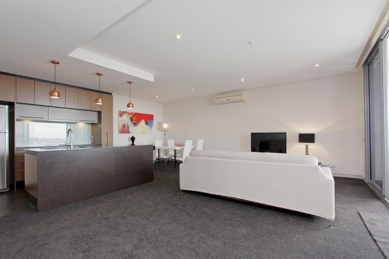 36/155 Adelaide Terrace, Perth WA 6000, Image 2