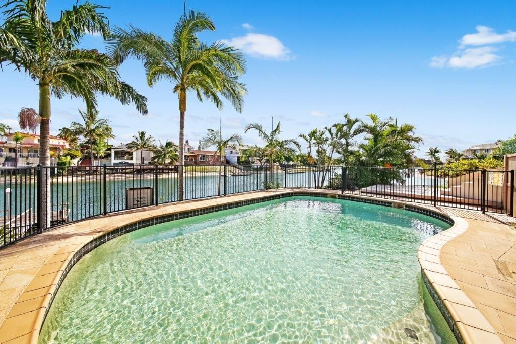2 Caithness Court, Sorrento QLD 4217, Image 0