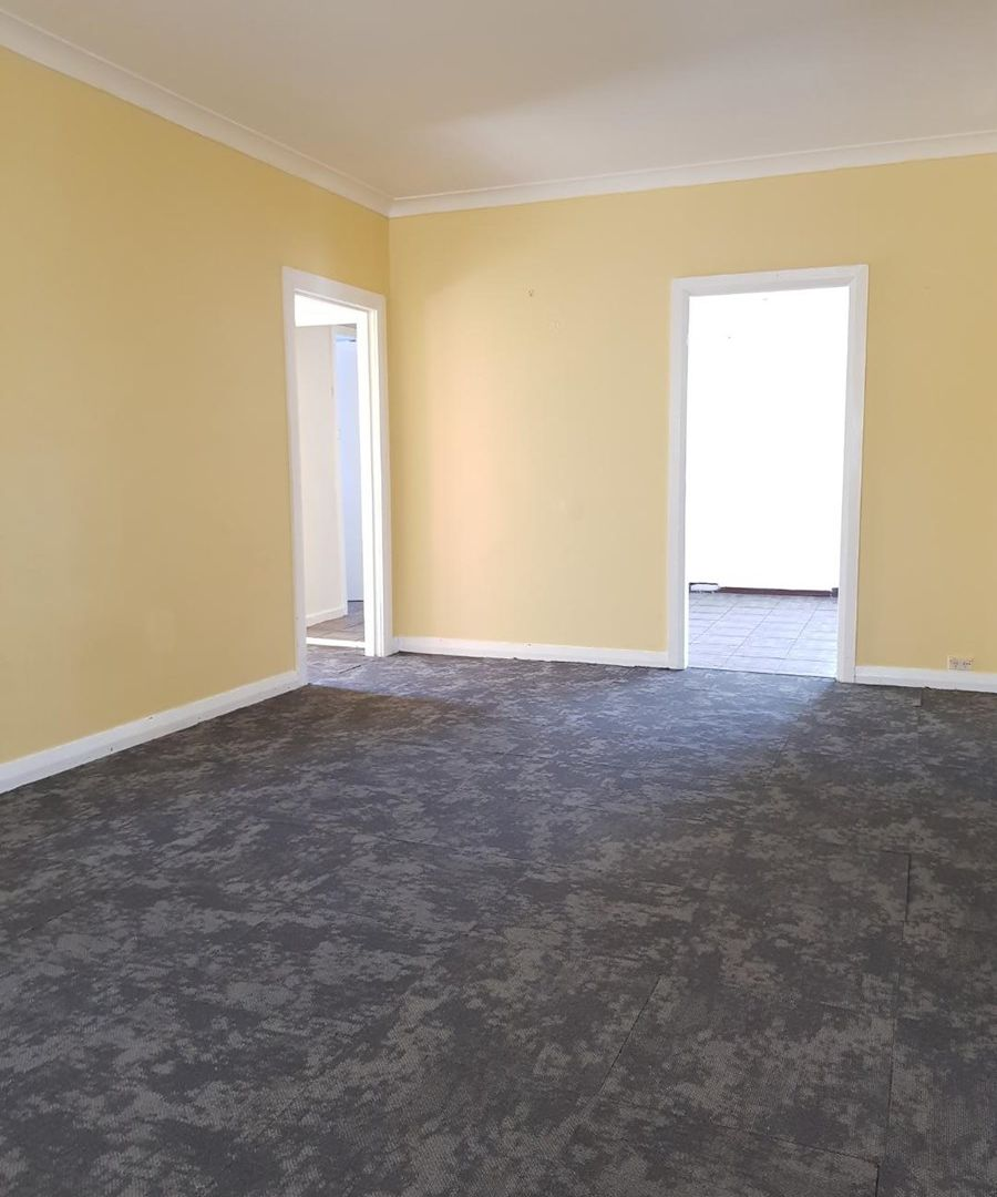 18 Campbell Ave, The Entrance NSW 2261, Image 2