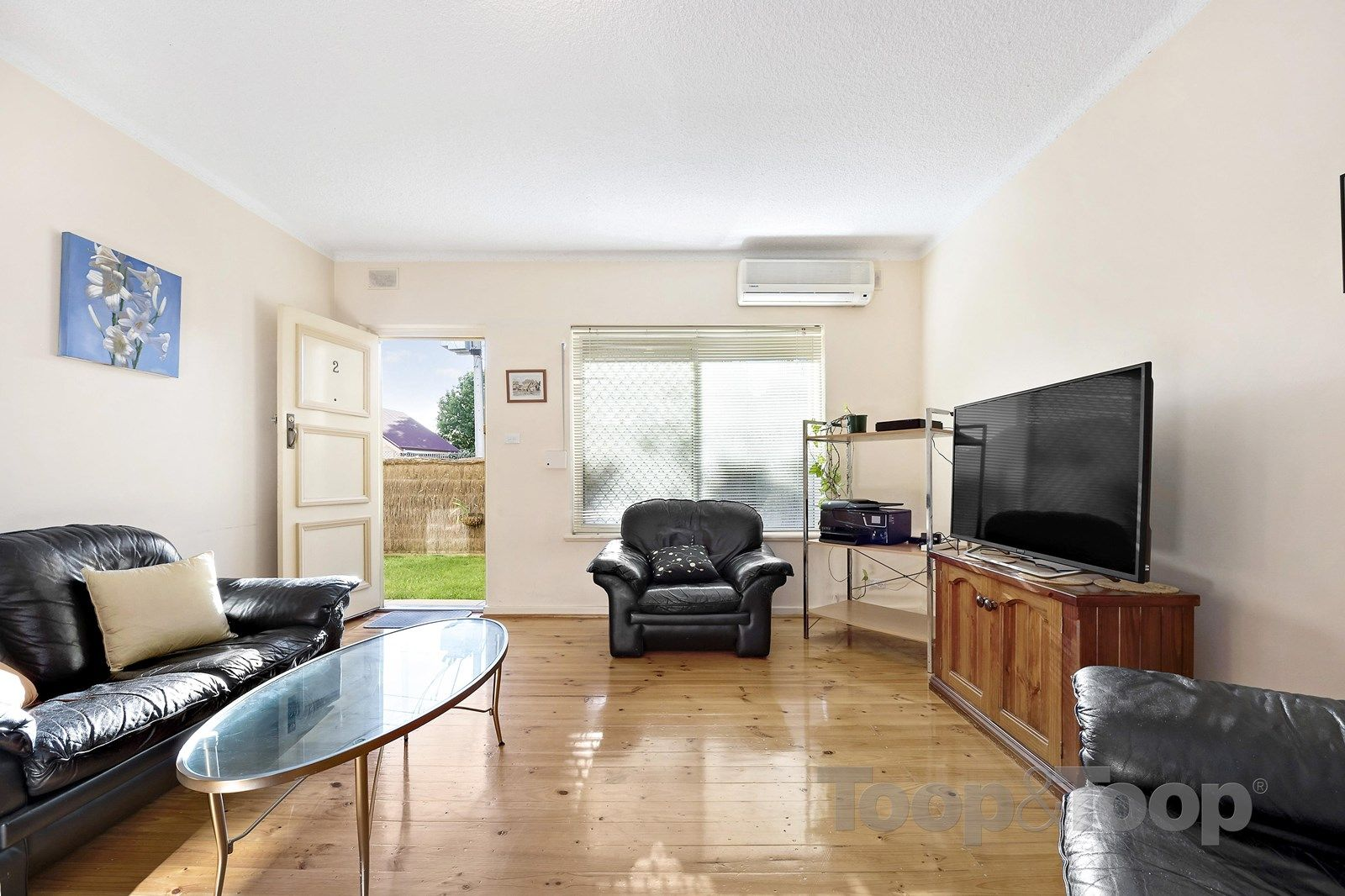 2/25 Leicester Street, Parkside SA 5063, Image 2